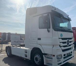 الشركة الدولية للتجارة والخدمات  راس قاطرة  Mercedes  Actros  1844 سنة الصنع 2011