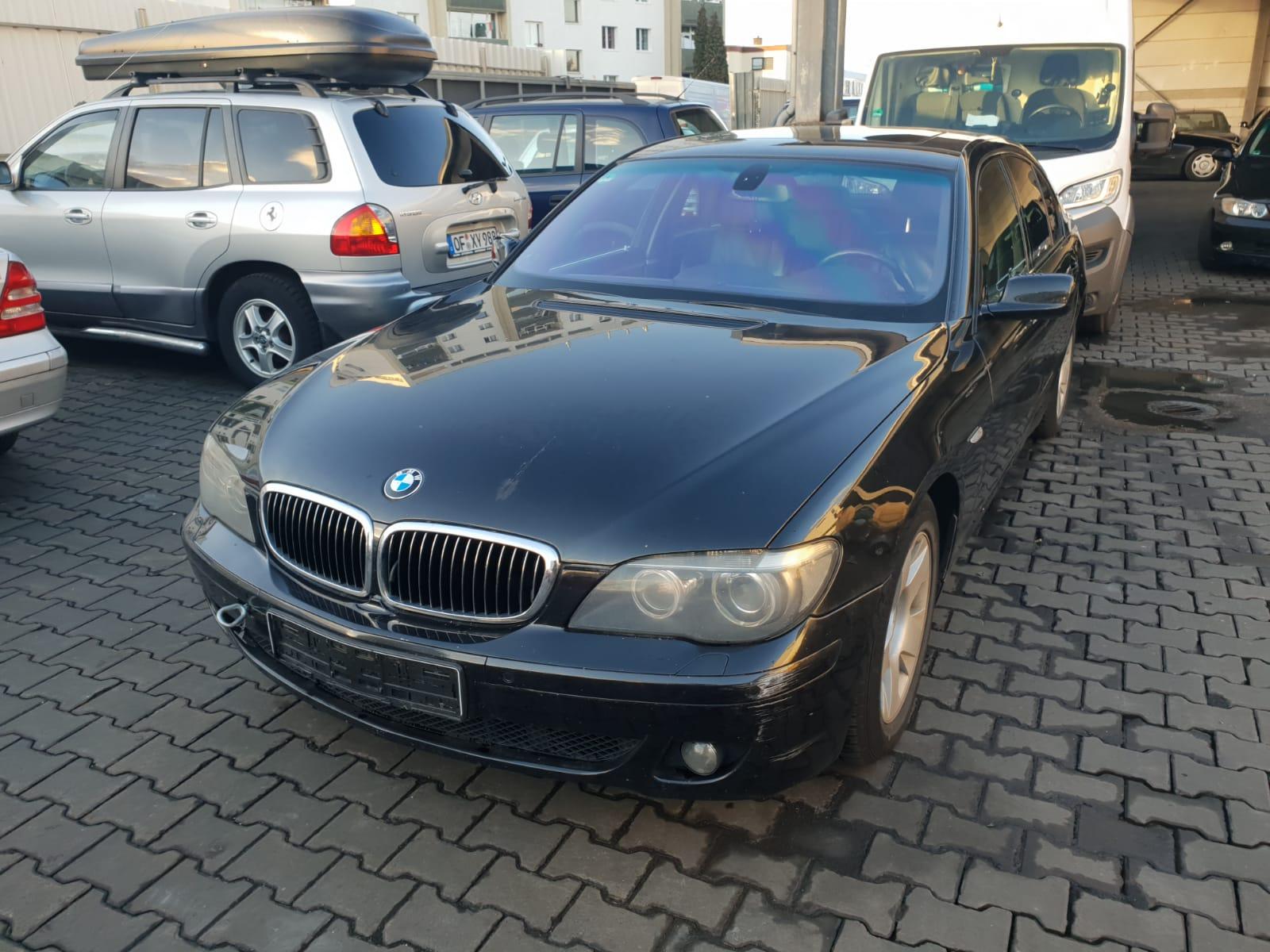 الشركة الدولية للتجارة والخدمات  سيارات  BMW     سنة الصنع 2006