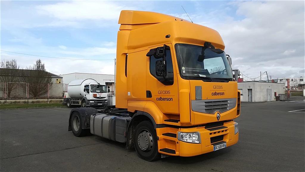 الشركة الدولية للتجارة والخدمات  راس قاطرة  Renault   PREMIUM  460 سنة الصنع 2014