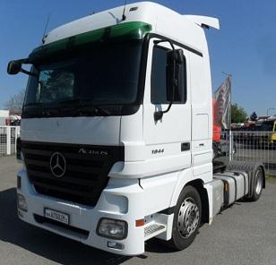الشركة الدولية للتجارة والخدمات  راس قاطرة  Mercedes  Actros  1844 سنة الصنع 2009